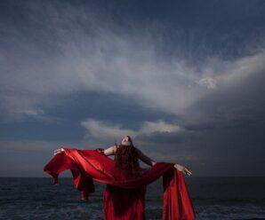 La historia de Lady in Red, el éxito de Chris de Burgh